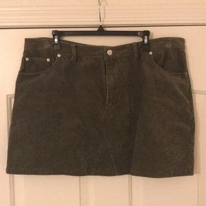 Forever 21 olive/army green corduroy mini skirt